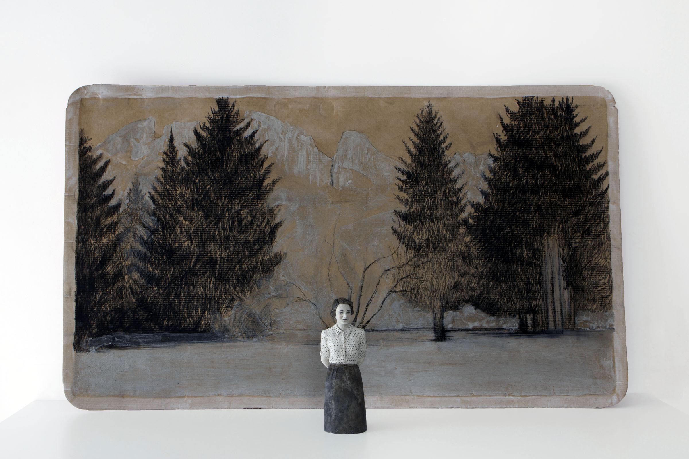 Serena Zanardi Carezze al lago 2013  scultura in terracotta dipinta con, cenere e ruggine e disegno su cartone di acqua evian 21x0,8x0,6 cm e 60x100 cm