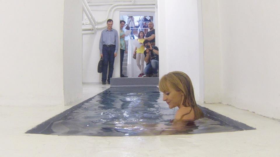 Cecilie Hjelvik Andersen, Bahamas, performance, ROOM Galleria, 2013