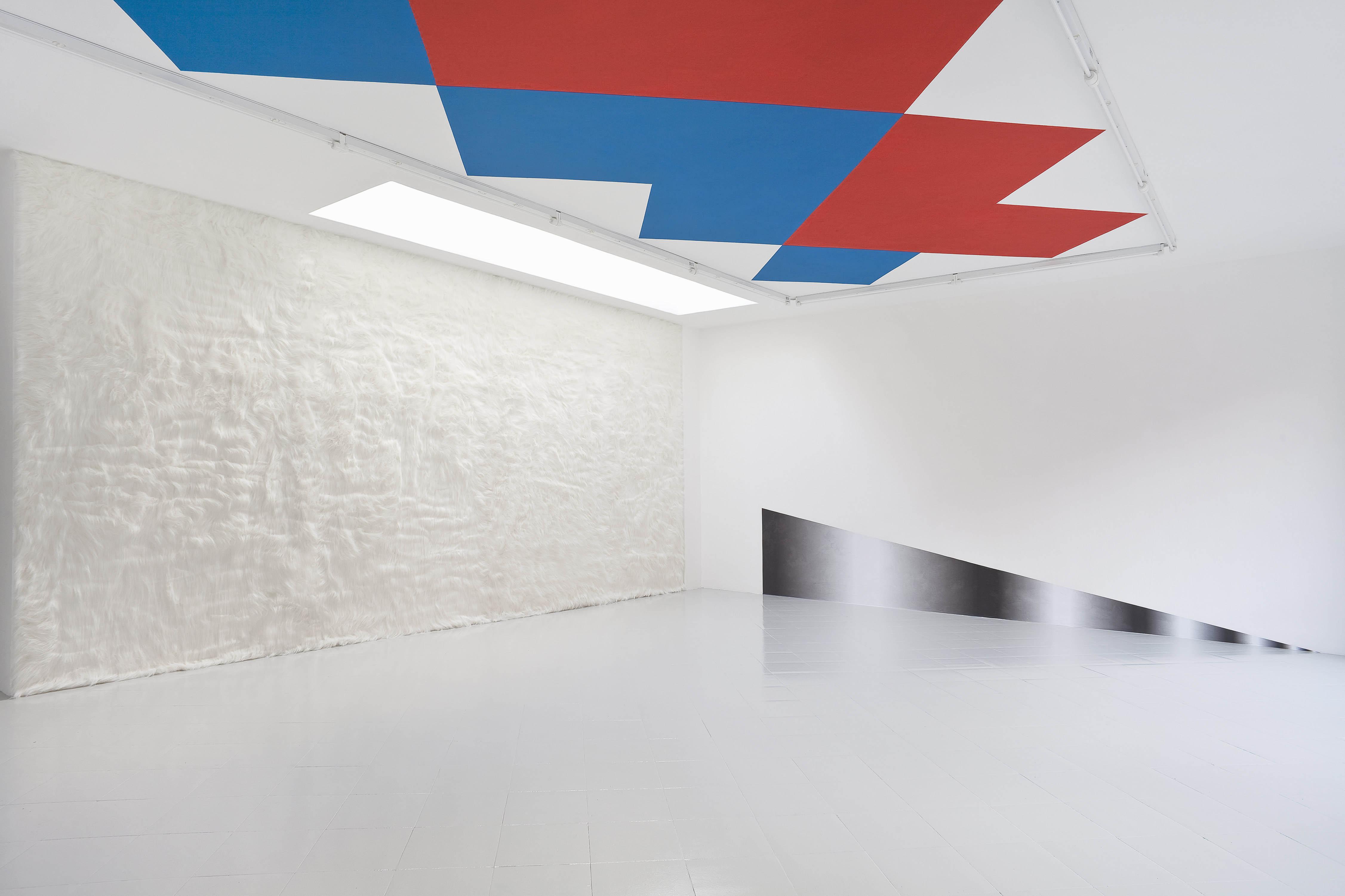 Warp & Weft, Sylvie Fleury - Alexander Wagner, 2013 - Spazio Cabinet, Milan, photo Filippo Armellin