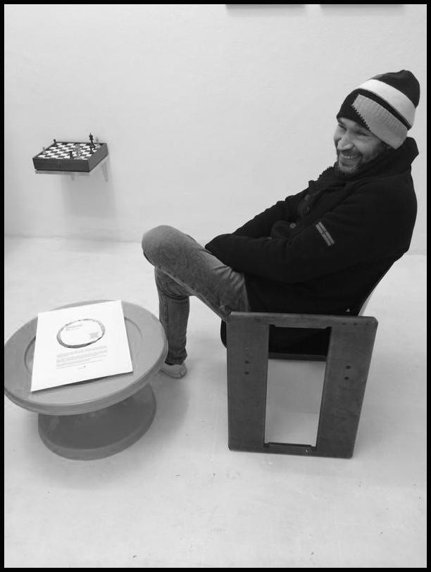 venerdì 24 gennaio 2014, Dario Costa all'inaugurazione della mostra collettiva _Enzo_, Wilson Project Space, Via Marsiglia 35_A, Sassari