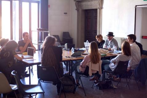 Lectures di LOCALEDUE (Marzocchi & Pajè