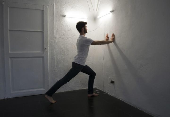 Jacopo Martinotti gli eroi sono tutti giovani e belli, 2016, performance