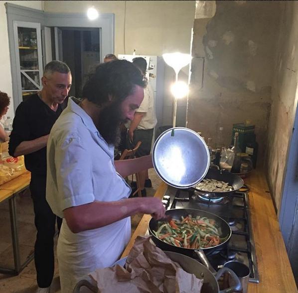 De Grandi e Pusole in cucina, foto di Luigi Presicce