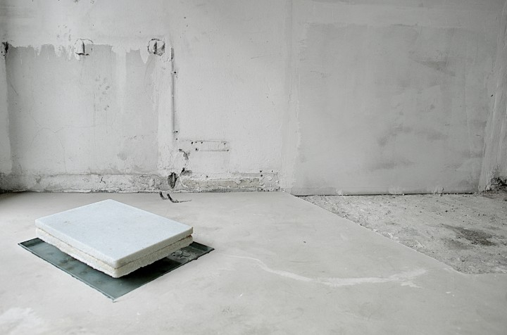 Megaloschemos_, 2018, veduta della mostra, Galleria Arrivada, Milano