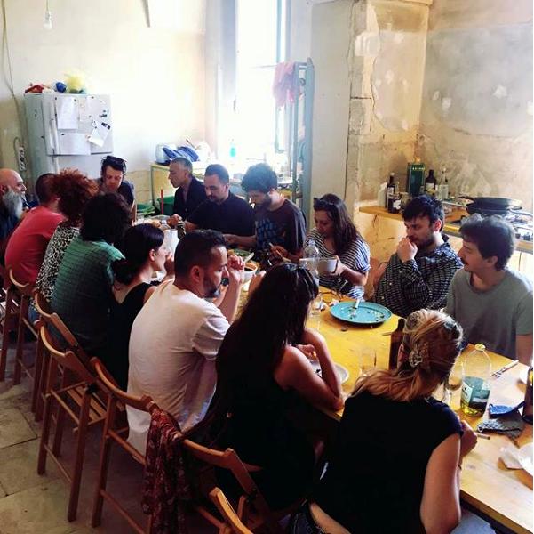 Pranzo alla Casa Cafausica, foto di Luigi Presicce